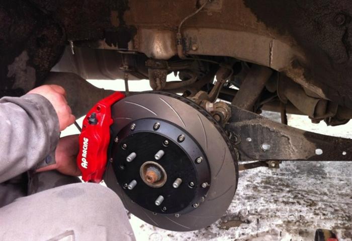 丰田rav4改装hre轮毂,ap刹车作业